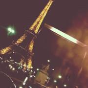 La tour Eiffel Bus 72 Paris 2013